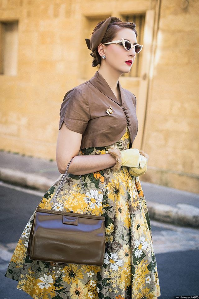 Nella Fragola, a very classy vintage model from France. This is a photo from her last photoshoot. I it!! by Exa Photographie Dress: Dear Golden Vintage  Bag, gloves, hat, broch: Blow up Shoes: Irregular Choice .