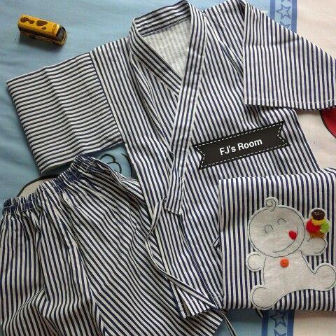 boy's yukata with felt application at back
