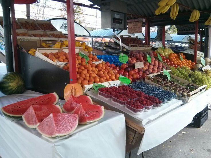 Adoro i mercati, soprattutto quando la frutta è così... - Lubiana, Slovenia