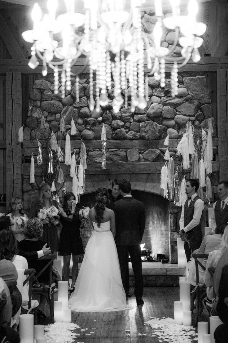 winter wonderland wedding south africa%0A Colorado cabin wedding http   itgirlweddings com winterwonderlandwedding