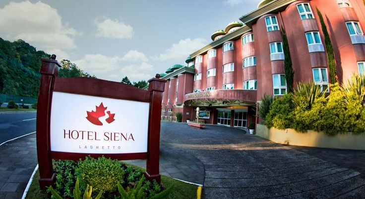 Hotel Laghetto Siena Gramado Gramado Hotel Laghetto Siena offers panoramic views of Gramado. There is an indoor swimming pool, free Wi-Fi and cinema. The hotel also provides a dry sauna and a fitness centre.  Rooms at Laghetto Siena Gramado are bright and comfortable.