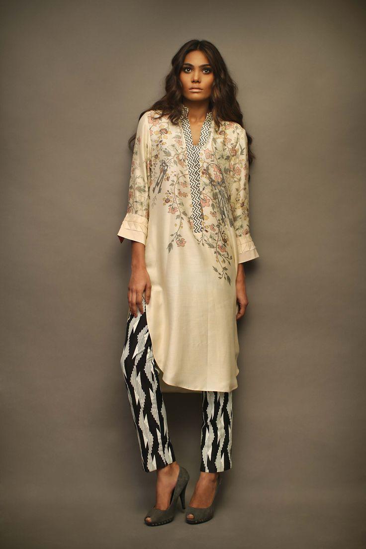 #SaniaMaskatiya #Kameez #CigarettePants #Print #DigitalPrint #Eid #Pakistan #Fashion