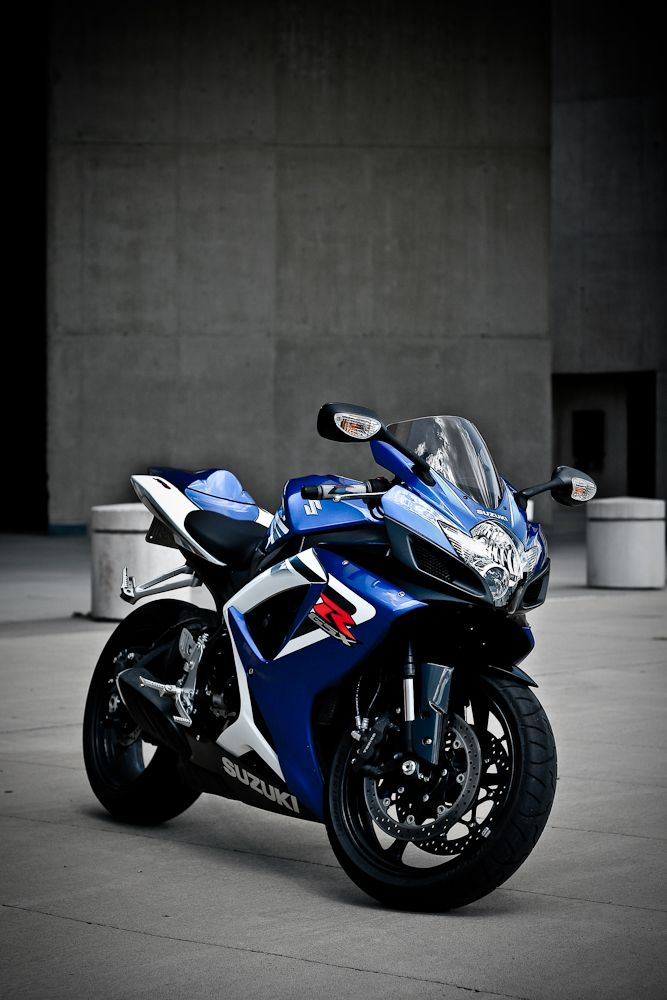 Suzuki GSXR - SPEED