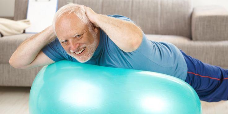 Harndrang: Es müssen nicht immer Tabletten sein! Hier erfahren Sie, wie spezielle Gymnastik und gezieltes Trinkverhalten die Belastung mindern.