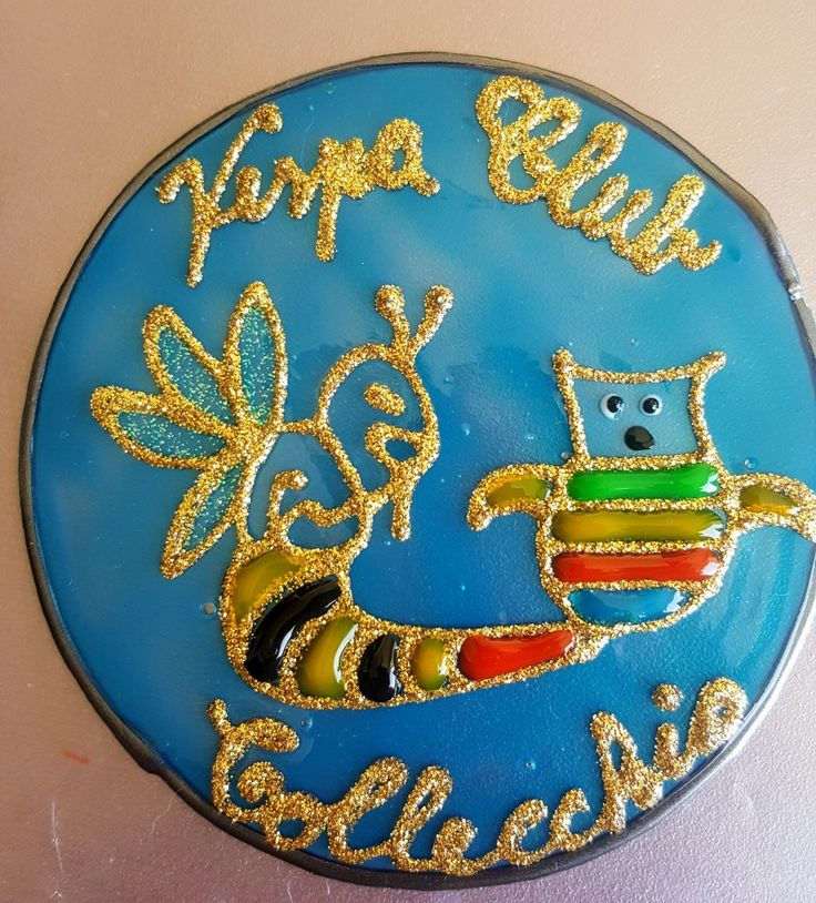 Gadget Vespa Club Collecchio Vetrofania realizzata con window colors  Associazione ColoriAmo Vivere di Colori