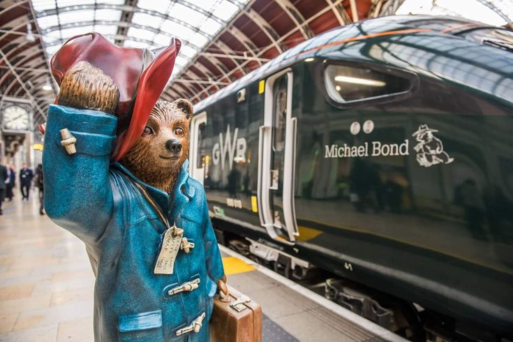 Paddington Station, GWR's 800010 Intercity Express Train named after Michael Bond, the writer of Paddington the Bear books.