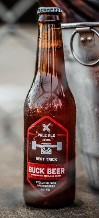 Cerveja Buck Beer Pale Ale, estilo American Pale Ale, produzida por Buck Beer, Brasil. 6.5% ABV de álcool.