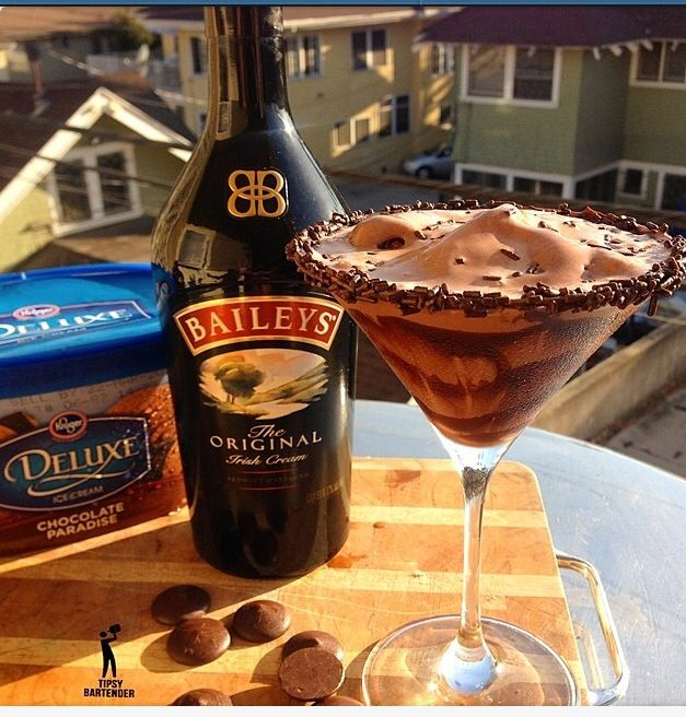 CHOCOLATE BLITZEN 1/2 oz. (15ml) Vodka 1/2 oz. (15ml) Dark Creme de Cacao 1 oz. (30ml) Baileys Irish Cream 1 1/2 Cup Chocolate Ice Cream Chocolate Sprinkles 2 oz. (60ml) Melting Chocolate 1. Rim glass with hot melted chocolate and dip in chocolate sprinkles. 2. Blend vodka, creme de cacao, baileys and ice cream. Do not blend the ice cream completely to a liquid. Let it maintain some of it's thickness. 3. Pour into chocolate rimmed glass and add sprinkles on top.