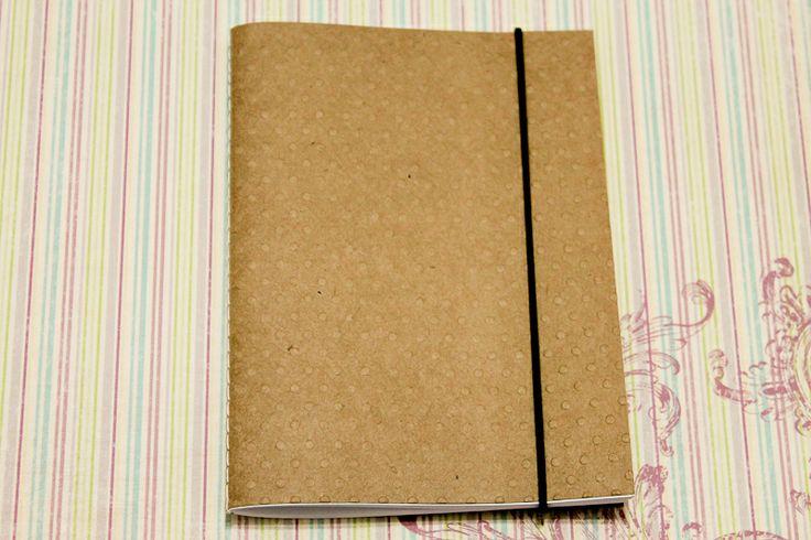 Presentes e Mimos - Caderninho em papel kraft com textura - poá I - www.tuty.com.br #tuty #craft #moleskine #draw #illustration #caderno