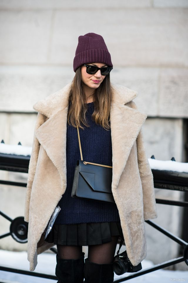 .layered - teddy bear coat and chunky knits with a classic cross-body bag