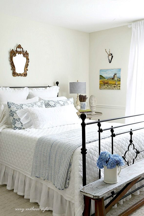 Savvy Southern Style: White and Bright Summer Guest Bedroom