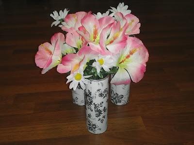 DIY Flower Vase-created with a Pringles can!: Flower Vases Cr, Mondays, Pringl Projects, Contact Paper, Diy'S Flower, Gbienlala Idea, Diy'S Decoration, Flower Vasecr, Pringl Cans Vases