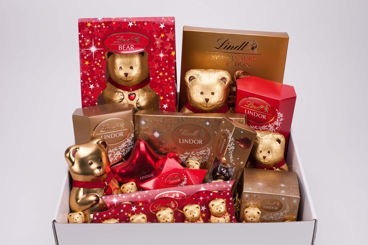 Win a Lindt hamper worth more than R1 200! #Lindt12Days