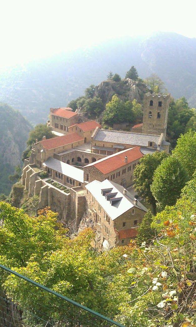 Abbaye Saint-Martin du Canigou, Pyrénées-Orientales, France