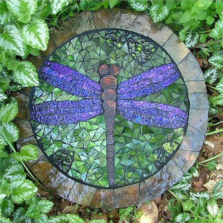 stepping stone mosaic dragonfly concrete diy