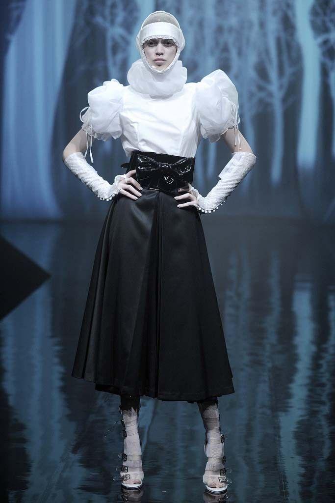 Alice Auaa RTW Spring 2014 - Tokyo Fashion Week