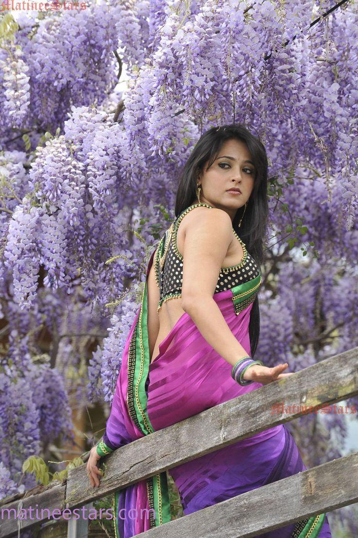 Saree Navel Anushka Shetty Stills Large 336281.6 Wallpaper