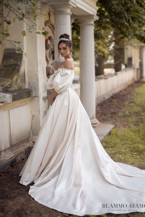 wedding dress medeablammo-biamo. off-shoulder puff sleeves ball