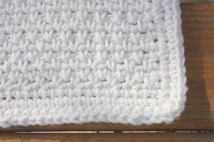 Crochet Spot » Blog Archive » Crochet Pattern: 3 Pretty Washcloths in Single Crochet - Crochet Patterns, Tutorials and News