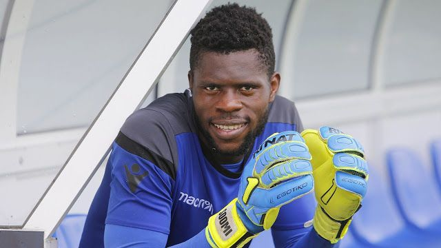 Nigerias La Liga watch: 18 year old keeper makes League debut   Francis Uzoho  Former Nigeria under 17 goalkeeper Francis Uzoho on Sunday made his debut for LaLiga side Deportivo La Coruna in an away game against Eibar.  The 18 year old who was handed a surprise start by coach Pepe Mel impressed in the game and kept a clean sheet as well.  Uzoho who turns 19 next week will now hope to cement his place in the team following his impressive performance against Eibar.  Francis Uzoho was a member…