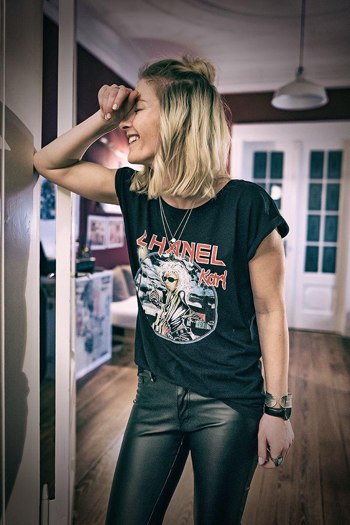 Metal & Fashion <3 Metalshirt, Bandshirt, All Black, Bandshirt Style, Metalband, Trend2017, Black Shirt,  Minimalistic Style, Leatherpants,