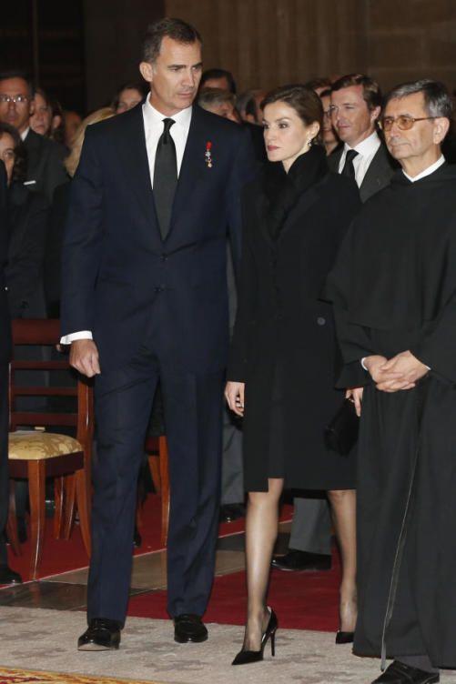 Royals & Fashion: Funérailles de Don Carlos de Bourbon- Siciles