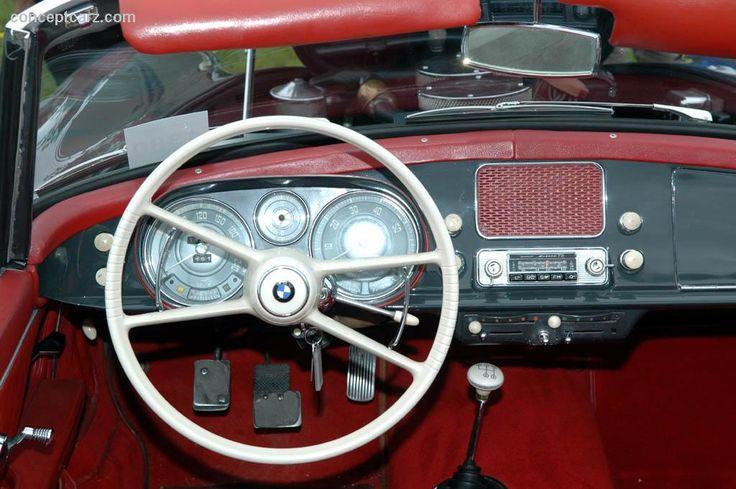 507 Cockpit