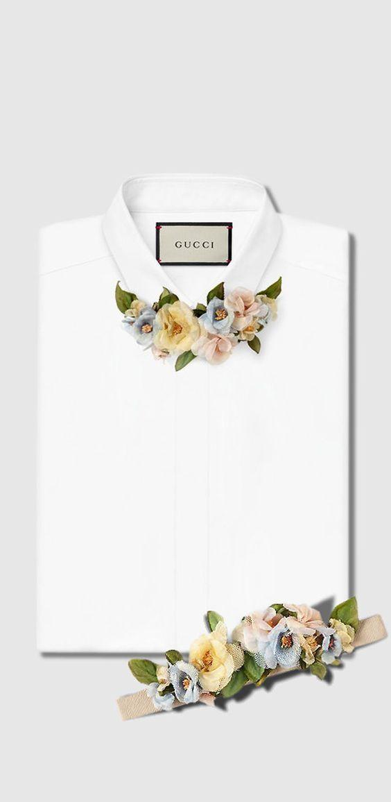 Очень интересные украшения для блузок в виде цветов из ткани — вместо шарфиков и галстуков.