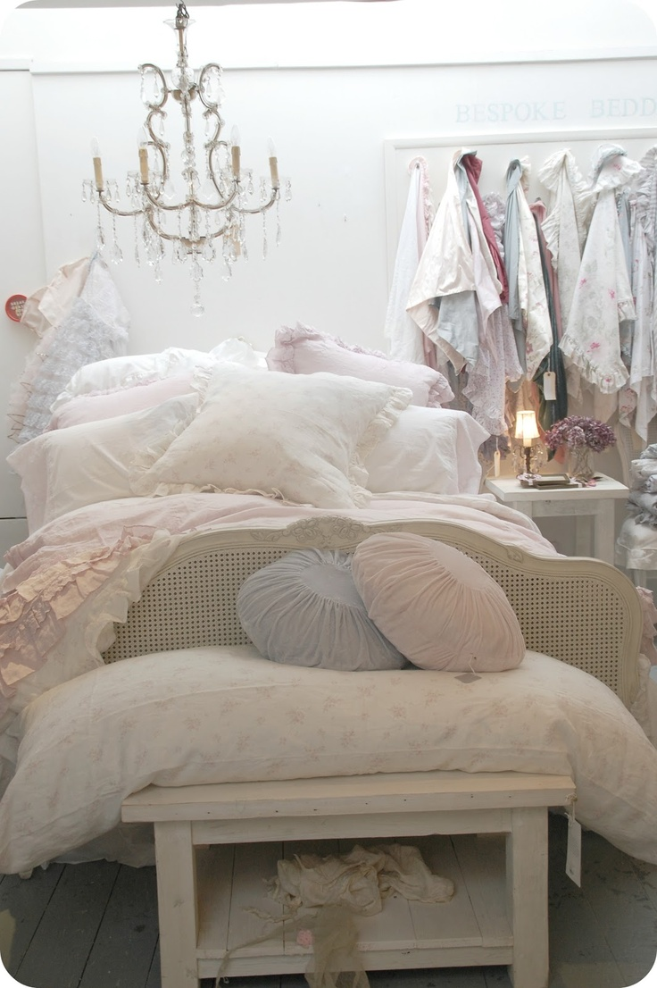 248 best french shabby images on pinterest country Shabby chic bedroom accessories