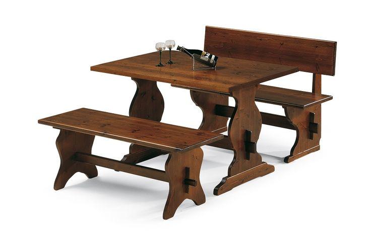 Mobili rustici per pizzeria in legno massiccio. Tavolo fratino con ...