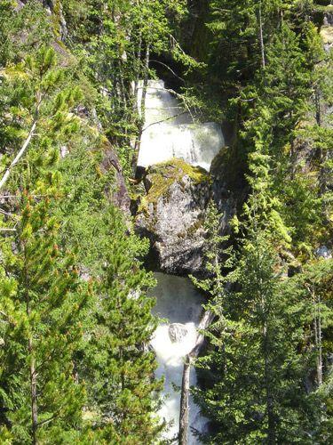 High Falls Creek (Intermediate). Time: 5 hr. Distance: 12 km. Elevation Gain: 650 m.
