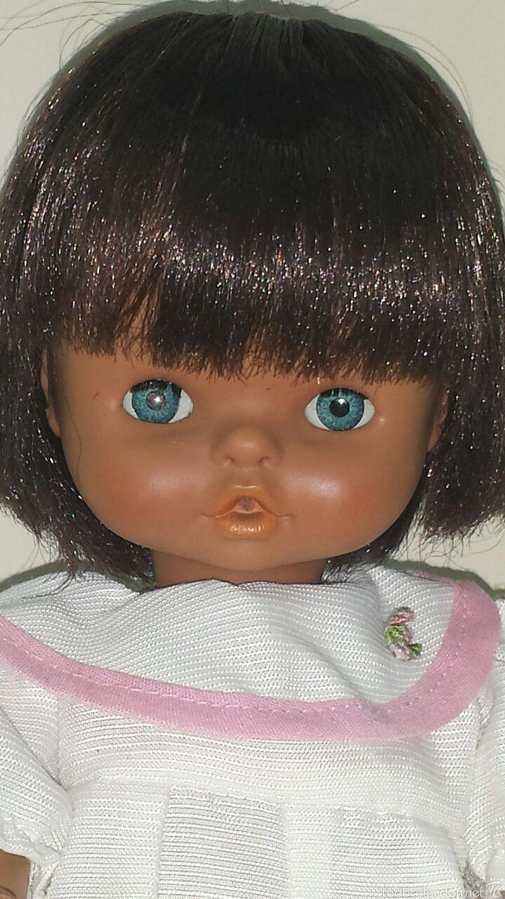 Muñeca Chiquitina de Famosa, años 70