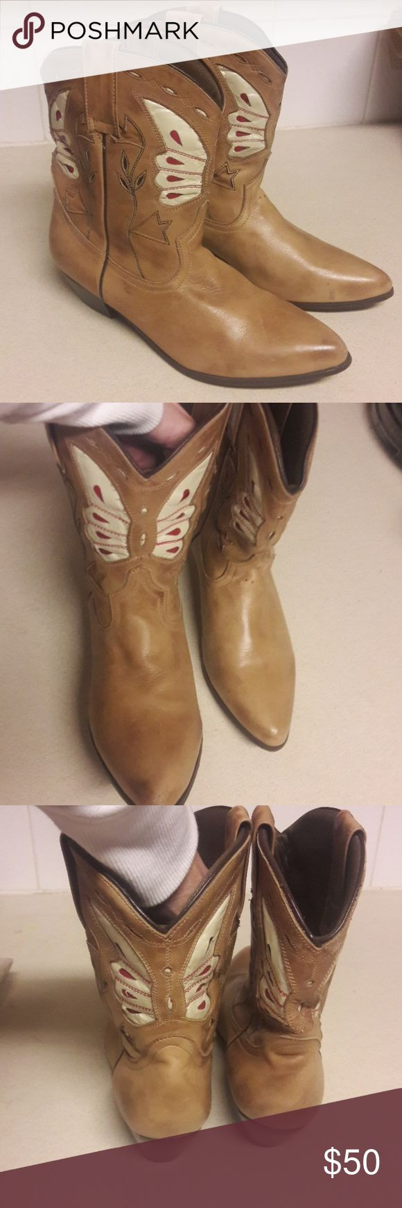 Oak Tree Farms size 9 boots Size 9 short boots by Oak Tree Hill.  Beautiful camel color with delicate pattern.  Gently used - very good condition. Oak Tree Farms Shoes Ankle Boots & Booties