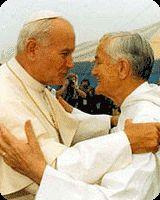 Taizé położone jest we Francji, na południu Burgundii. Tu właśnie tutaj w 1940 roku brat Roger Schultz założył międzynarodową wspólnotę ekumeniczną, której fundamenty stanowiły trzy słowa: radość, prostota, miłosierdzie.