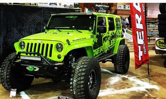 LIME GREEN JEEP JK WITH A TEREFLEX FRAME