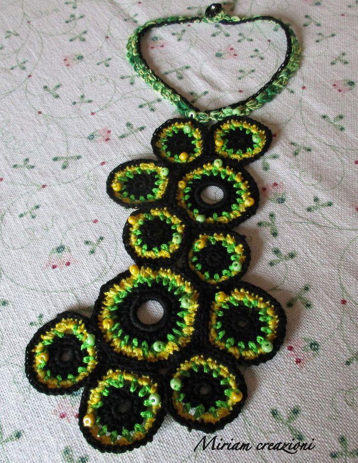 Collana a cerchi uncinetto e perline, by  vetrina miriam chiocciola, 20,00 € su misshobby.com