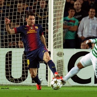 Lio Messi, FC Barcelona & Emilio Izaguirre, Celtic. | FC Barcelona 2-1 Celtic. 23.10.12.