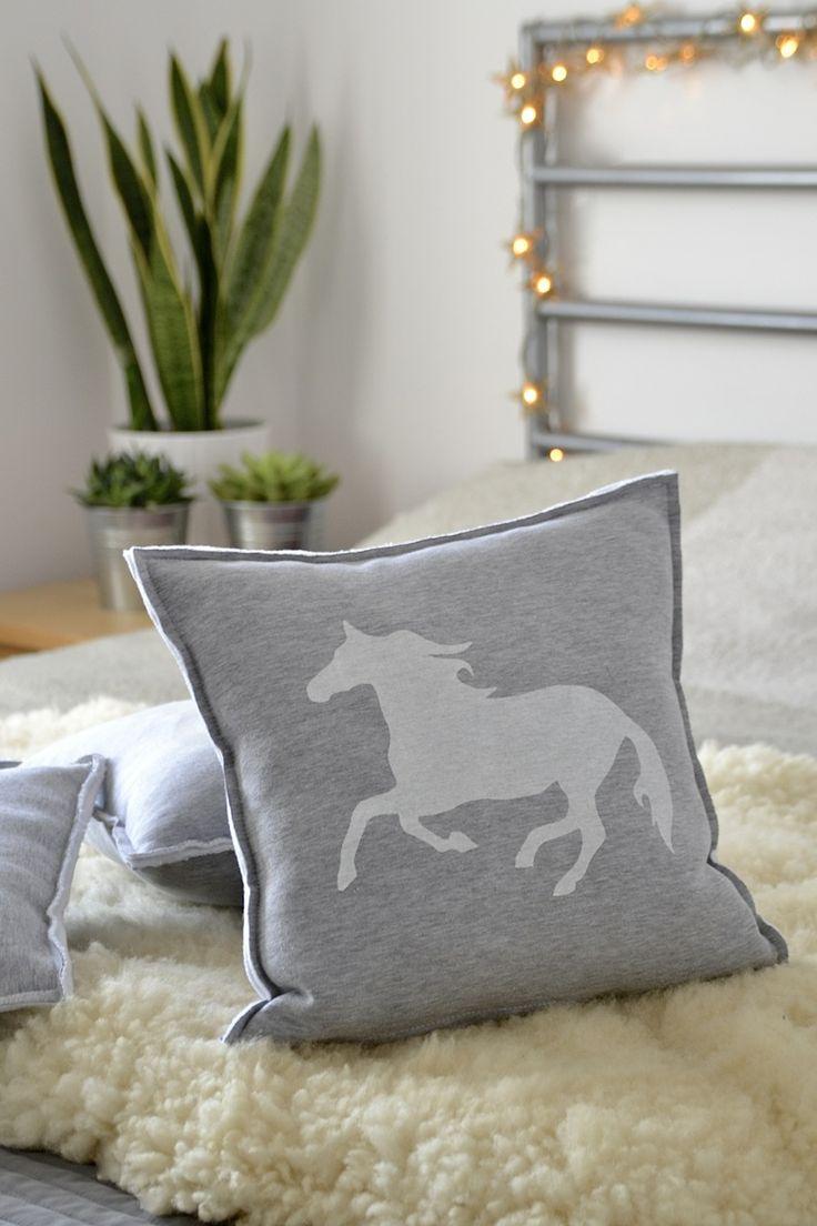 Horse Pillow <3  #horse #pillow #home #decoration #plants #sansevieria #stars #handmade #succulents #screenprint