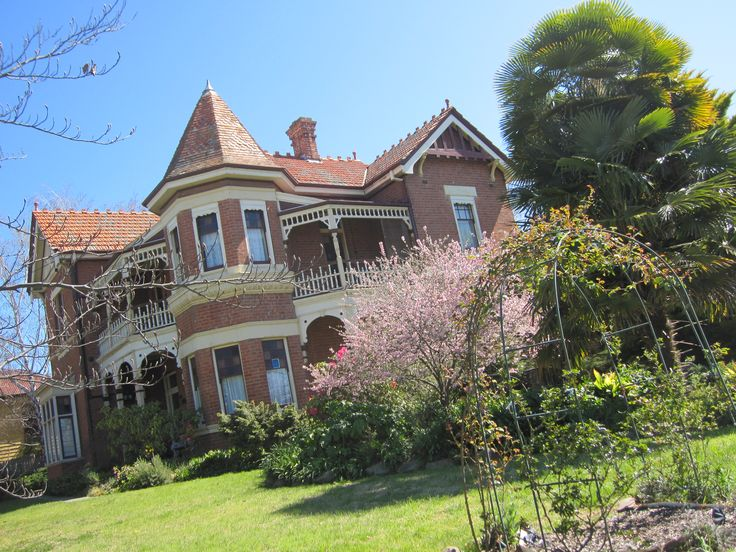 Queen Anne Federation style in Bathurst NSW
