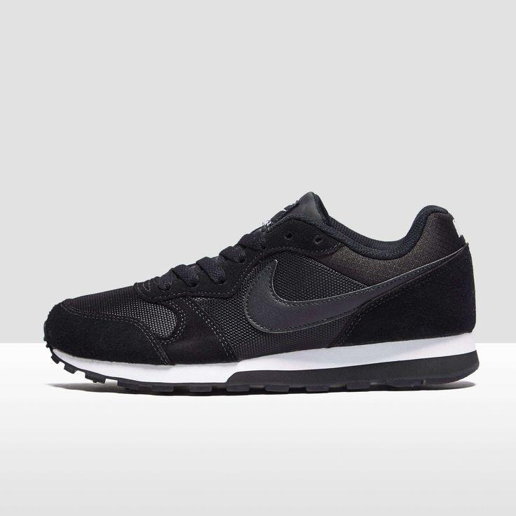 Nike Roshe Courir Chaussures Hommes Oreos Noir Blanc Noir Newfoundland meilleur endroit officiel rabais photos à vendre la fourniture naturel et librement pa1yafz