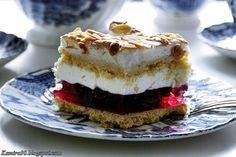 Przepyszne ciasto o oryginalnej nazwie Zemsta Teściowej. Moja zemsta jest jeszcze piana :) ponieważ wiśnie pochodzą prosto z nalewki wi...