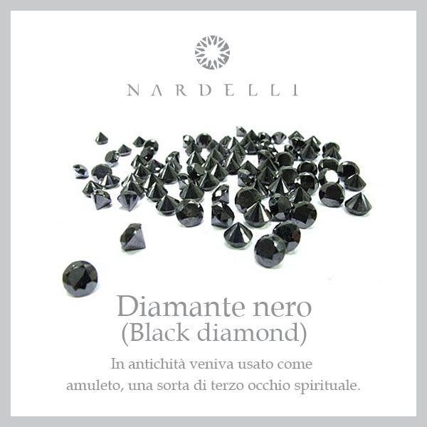 Avvolto in un alone di mistero, il #diamantenero è carico di fascino e unico nel suo genere. E' la pietra delle contraddizioni: Il nero contrapposto al bianco come la notte al giorno, il male e il bene...