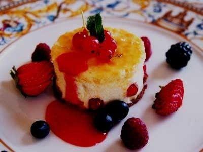 Ricetta semifreddo alla ricotta con gelatina alla frutta
