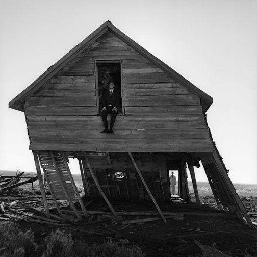 """곧글(GODGUL) """"생명력의 토템 알파벳"""" 초현실주의 느껴지는 사진 예술 - 로드니 스미스(Rodney Smith)"""