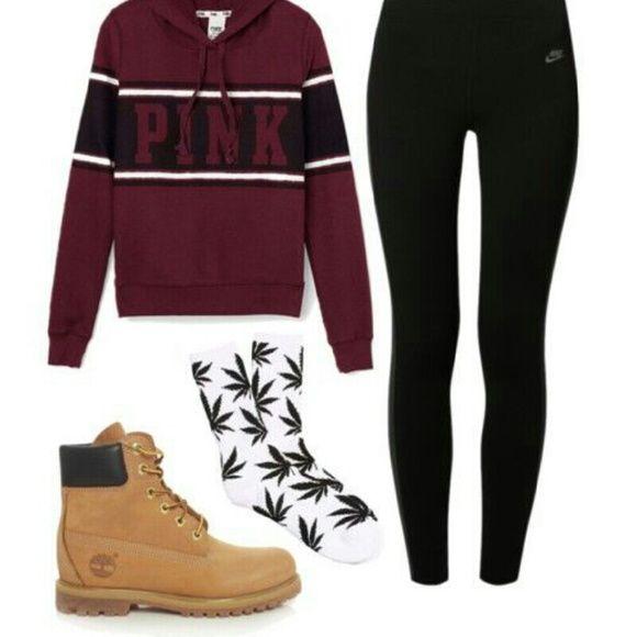Weed Leaf Socks Plant Life Weed Leaf/Marijuana Socks UNISEX White/Black Accessories Hosiery & Socks