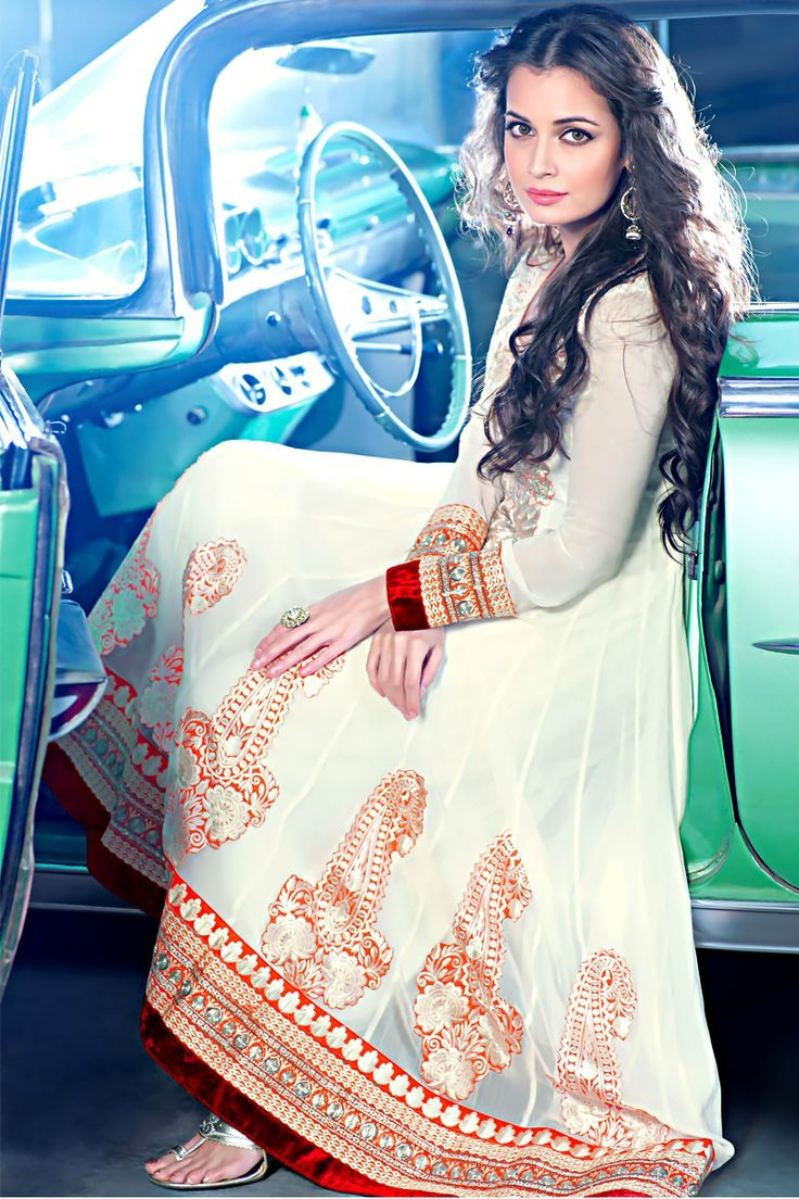 Diya Mirza in a stunning white anarkali I just love her she is my second favorite