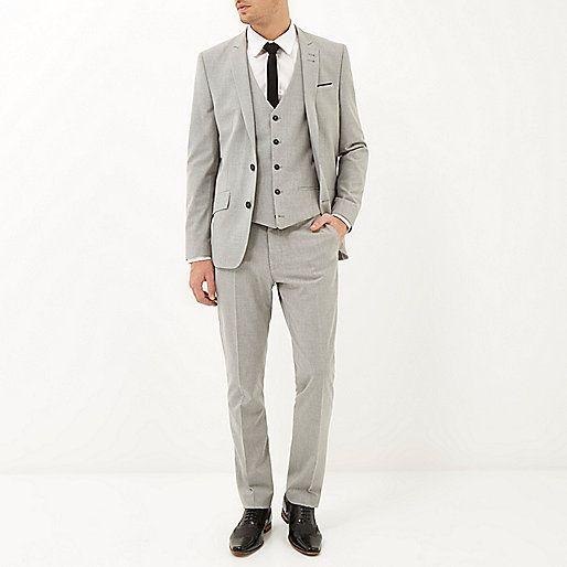 RI waistcoat 40, trousers 40, jacket 110