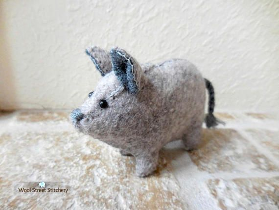 Felt stuffed pig small handmade pig soft toy farm animal