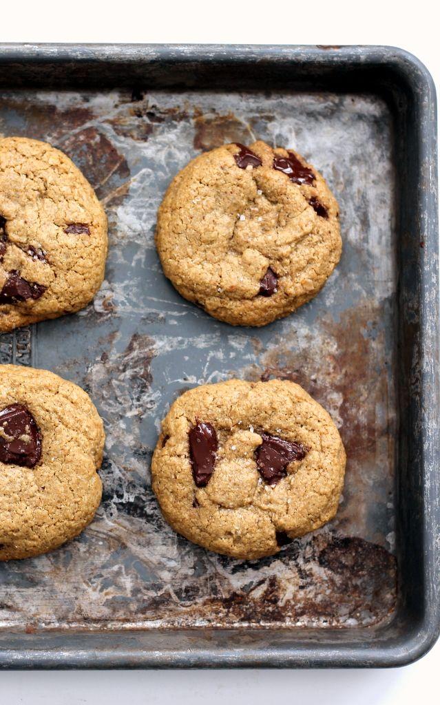 Salted Oatmeal Dark Chocolate Chunk Cookies: Chocolate Chunk Cookies ...