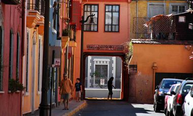 Los últimos habitantes del pequeño barrio de calle Viña del Mar   Santiago   LA TERCERA